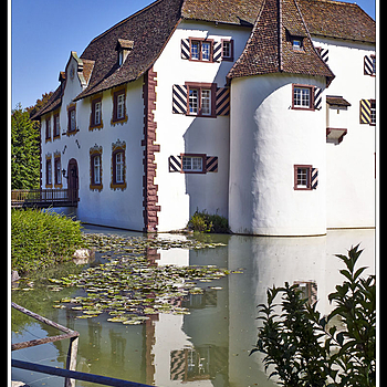 L10000020   Inzlingen  -  Wasserschloss | LEICA SUMMICRON 35MM F2 1ST VERSION