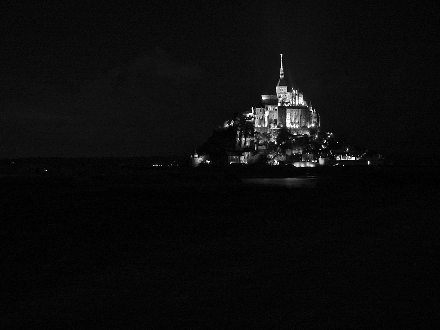 Mont St. Michel | LENS MODEL NOT SET <br> Click image for more details, Click <b>X</b> on top right of image to close
