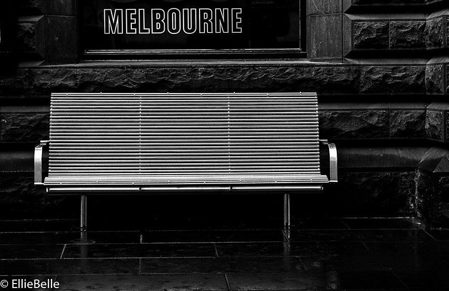 City Bench | LEICA APO-SUMMICRON 90MM F2 ASPH <br> Click image for more details, Click <b>X</b> on top right of image to close