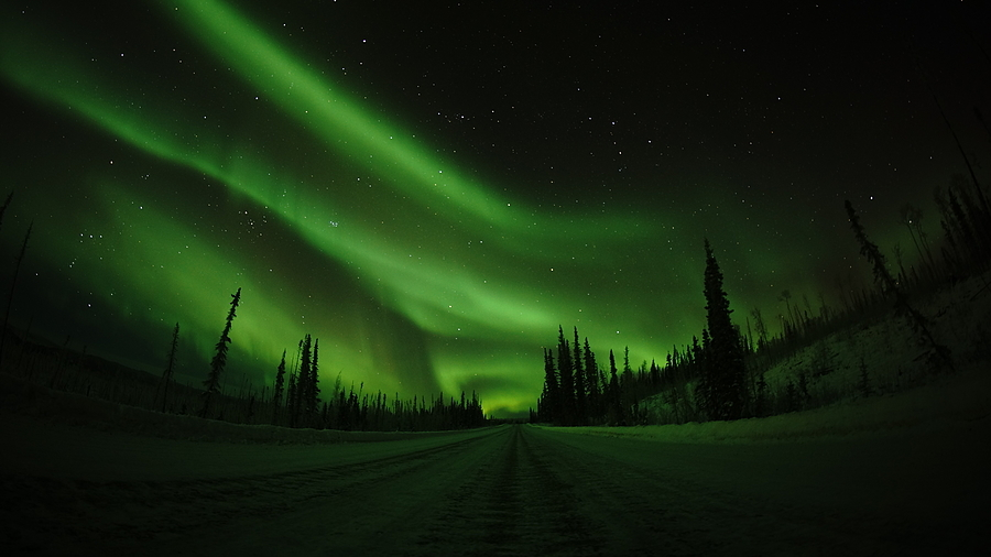 northern light at arctic circle in Alaska | LENS MODEL NOT SET <br> Click image for more details, Click <b>X</b> on top right of image to close