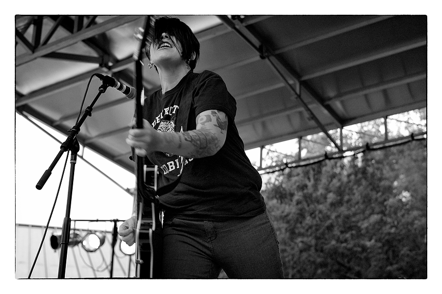 leicaimages.com gallery | Girl in a Coma @ Fruit Fest 2012: Jenn Alva | Leica SUMMILUX 50mm f1.4 ASPH | M9