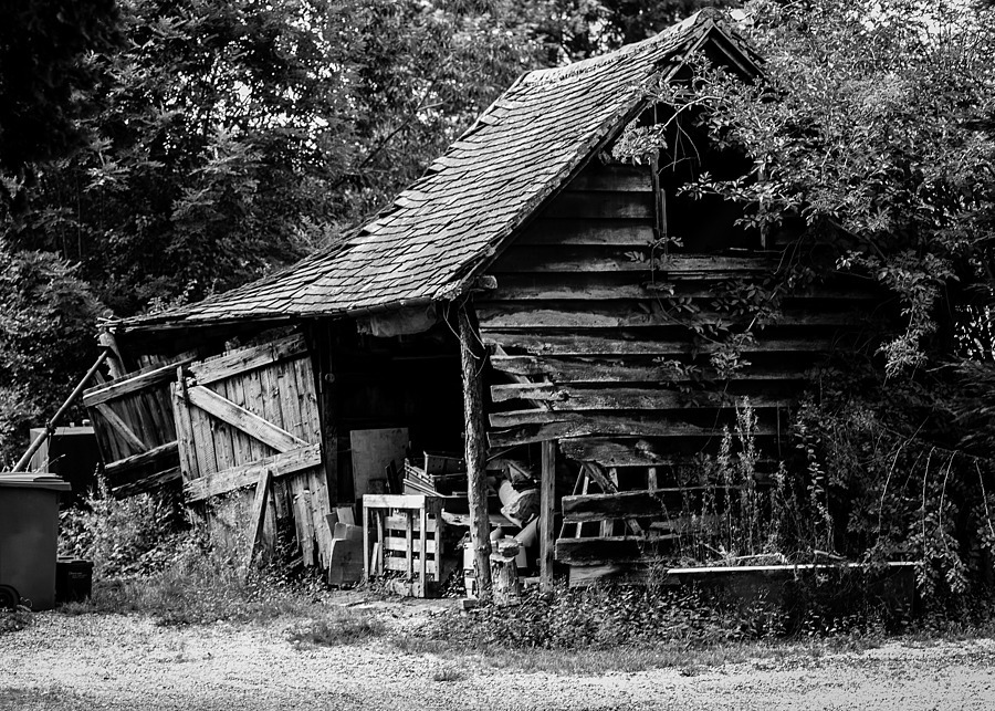 Old Shed, Thames Valley UK. | LEICA SUMMARIT 75MM F2.5 <br> Click image for more details, Click <b>X</b> on top right of image to close