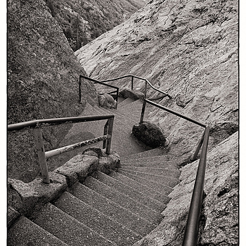Stairs, Kings Canyon | DG VARIO-SUMMICRON 28-90MM F2-2.4 <br> Click image for more details, Click <b>X</b> on top right of image to close