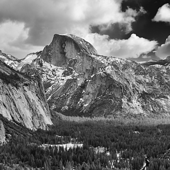 Yosemite Valley from Columbia Point | LEICA ELMAR 24MM F3.8 ASPH <br> Click image for more details, Click <b>X</b> on top right of image to close