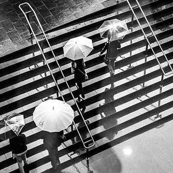 Umbrellas and stairs | LEICA SUMMICRON 35MM F2 ASPH <br> Click image for more details, Click <b>X</b> on top right of image to close