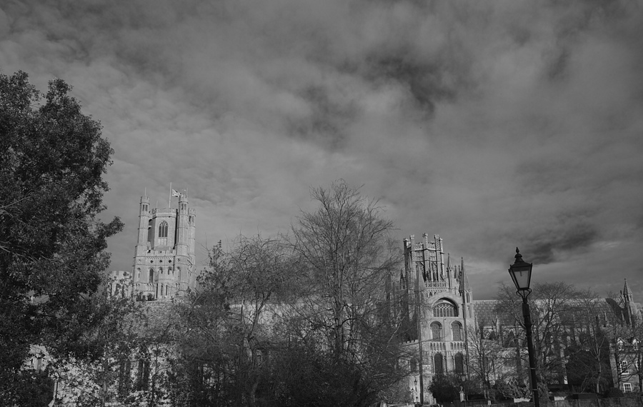 Ely Cathedral UK | LEICA SUMMICRON 35MM F2 ASPH <br> Click image for more details, Click <b>X</b> on top right of image to close