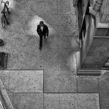 From Above | LEICA 35MM F/2.0 SUMMICRON 2ND VERSION 1976