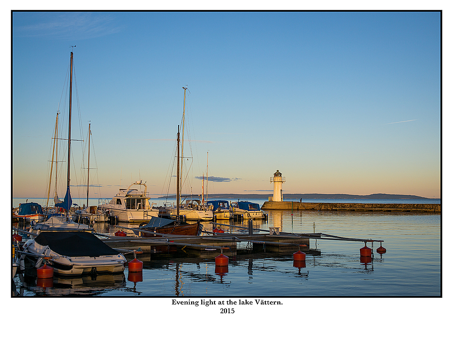 Evening light at the lake Vättern. | SUMMILUX-M 1:1.4/50 ASPH <br> Click image for more details, Click <b>X</b> on top right of image to close
