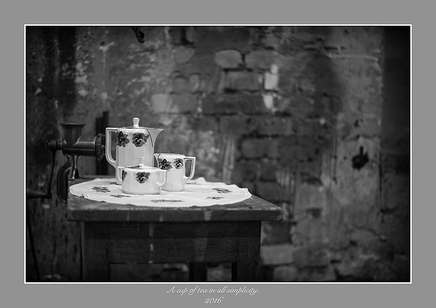 leicaimages.com gallery | A cup of tea. | Leica SUMMILUX 50mm f1.4 ASPH | M (TYPE 240)
