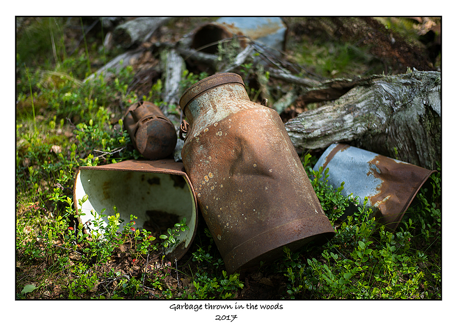 Garbage. | SUMMILUX-M 1:1.4/50 ASPH <br> Click image for more details, Click <b>X</b> on top right of image to close