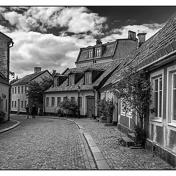 Cobblestone Street in Lund. | LEICA SUMMICRON 35MM F2 ASPH <br> Click image for more details, Click <b>X</b> on top right of image to close