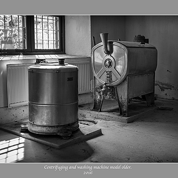 Centrifuging and washing machine. | LEICA SUMMICRON 35MM F2 ASPH <br> Click image for more details, Click <b>X</b> on top right of image to close