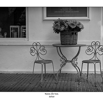 Room for two. | SUMMILUX-M 1:1.4/50 ASPH <br> Click image for more details, Click <b>X</b> on top right of image to close