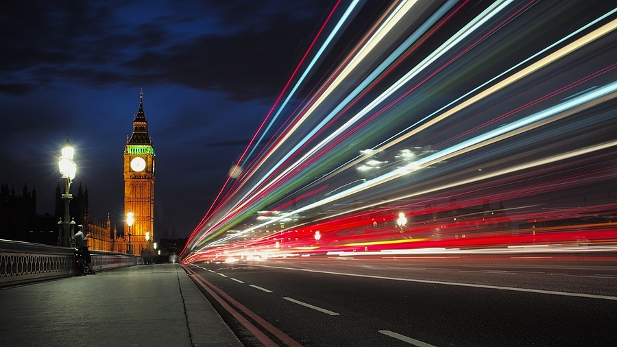 Light Trails to the Big Ben | LEICA 35MM F/1.4 SUMMILUX <br> Click image for more details, Click <b>X</b> on top right of image to close