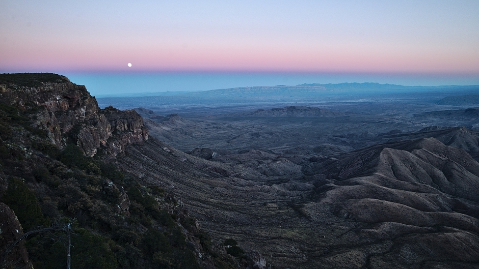 Moon Rise over Sierra Del Carmen, Mexico | LEICA 21MM SUPER-ELMAR-M F/ 3.4 ASPH LENS <br> Click image for more details, Click <b>X</b> on top right of image to close