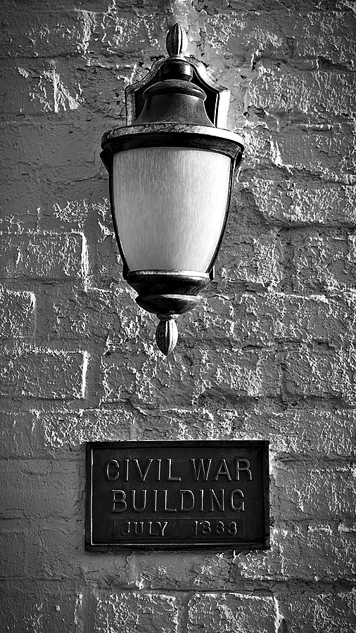 Lamp on Brick Wall | LEICA SUMMICRON 50MM F2 <br> Click image for more details, Click <b>X</b> on top right of image to close