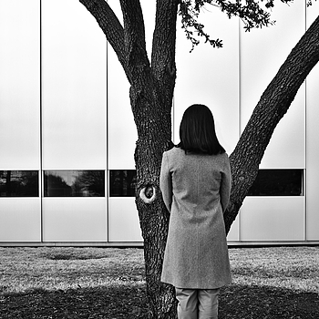 Person and Live Oak in front of The Modern | LEICA SUMMICRON 28MM F2 ASPH <br> Click image for more details, Click <b>X</b> on top right of image to close