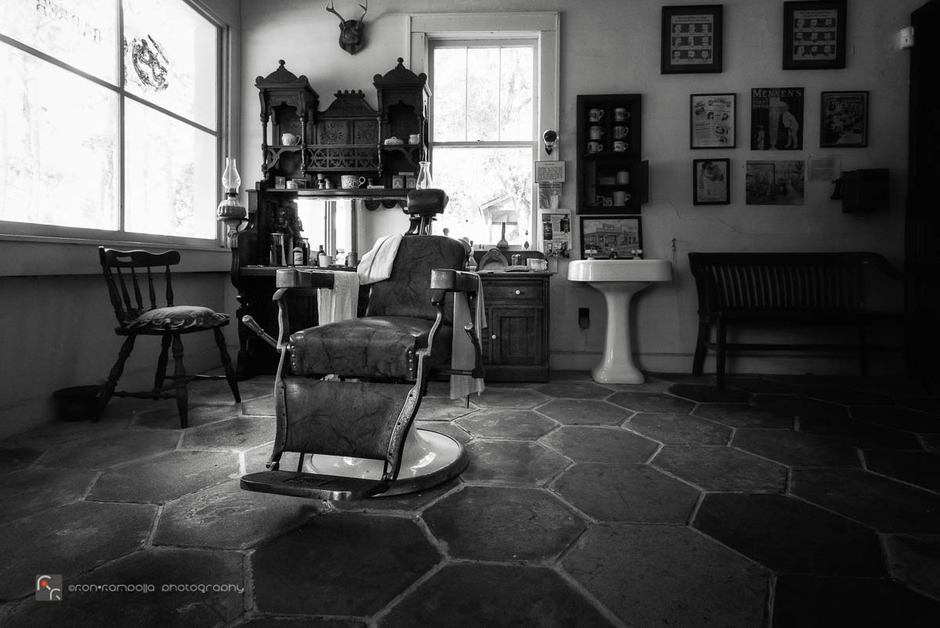 Barber Chair | CV 15MM / F 4.5 SUPER WIDE HELIAR <br> Click image for more details, Click <b>X</b> on top right of image to close