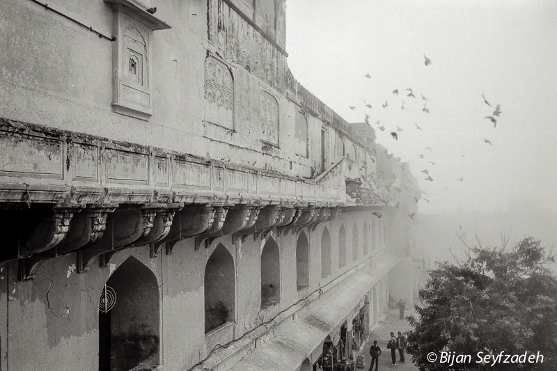 Amer Fort in Fog, Jaipur, India | LEICA SUMMICRON 35MM F2 ASPH <br> Click image for more details, Click <b>X</b> on top right of image to close