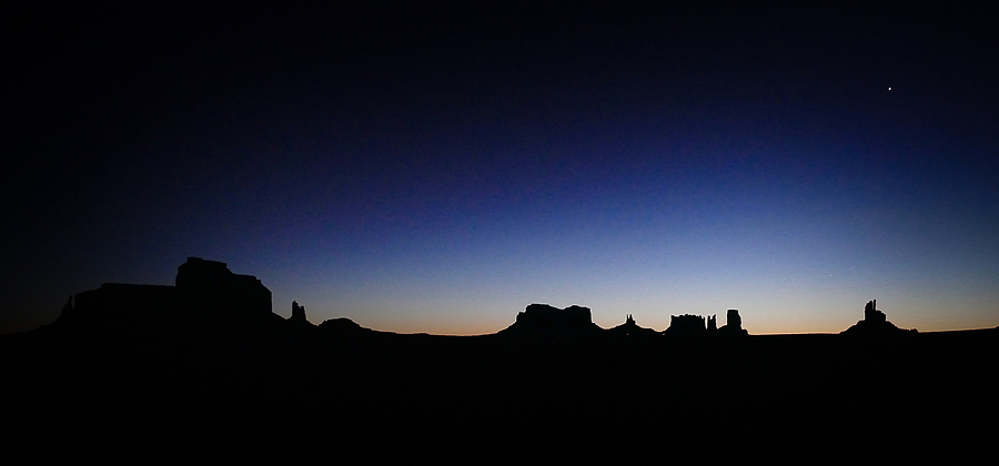 Sunrise, Monument Valley | LENS MODEL NOT SET <br> Click image for more details, Click <b>X</b> on top right of image to close