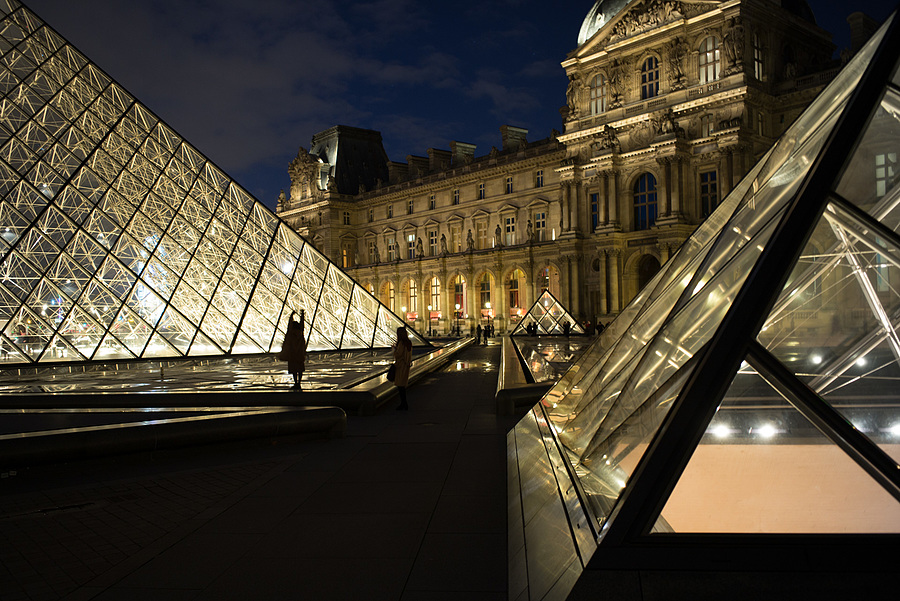 Louvre 2 | ELMARIT-M 1:2.8/28 ASPH. <br> Click image for more details, Click <b>X</b> on top right of image to close