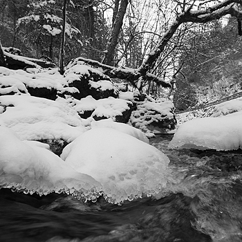 Flow | LEICA 15MM F/3.5 SUPER ELMAR 1980 (CARL ZEISS DESIGN) <br> Click image for more details, Click <b>X</b> on top right of image to close