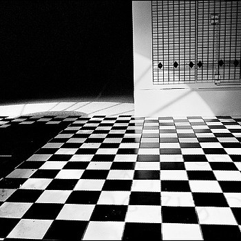 Black and White | LEICA SUMMICRON 28MM F2 ASPH <br> Click image for more details, Click <b>X</b> on top right of image to close