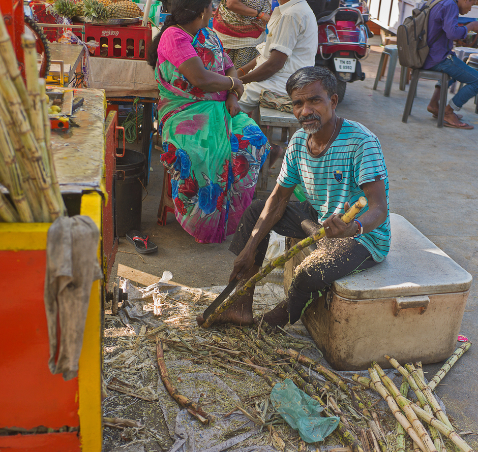 Chennai Sugar Cane Vendor | ZEISS ZM C-BIOGON F2.8 35MM <br> Click image for more details, Click <b>X</b> on top right of image to close