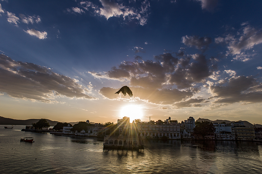 Soaring Rajasthan | ZEISS ZM DISTAGON T* F4 18MM <br> Click image for more details, Click <b>X</b> on top right of image to close