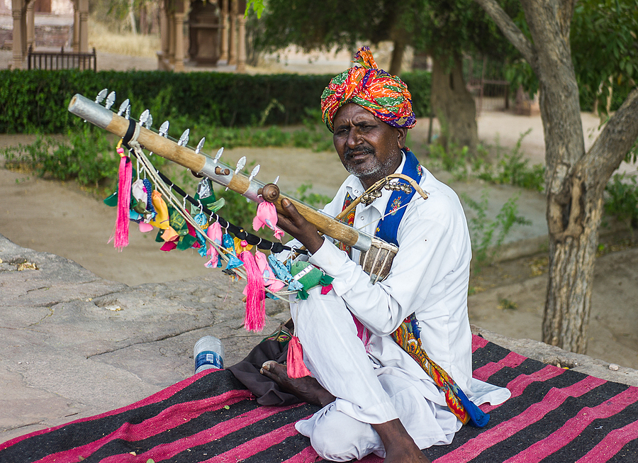 Rajasthan Musician | VOIGTLANDER 35MM / F 2.5 COLOR SKOPAR CLASSIC <br> Click image for more details, Click <b>X</b> on top right of image to close
