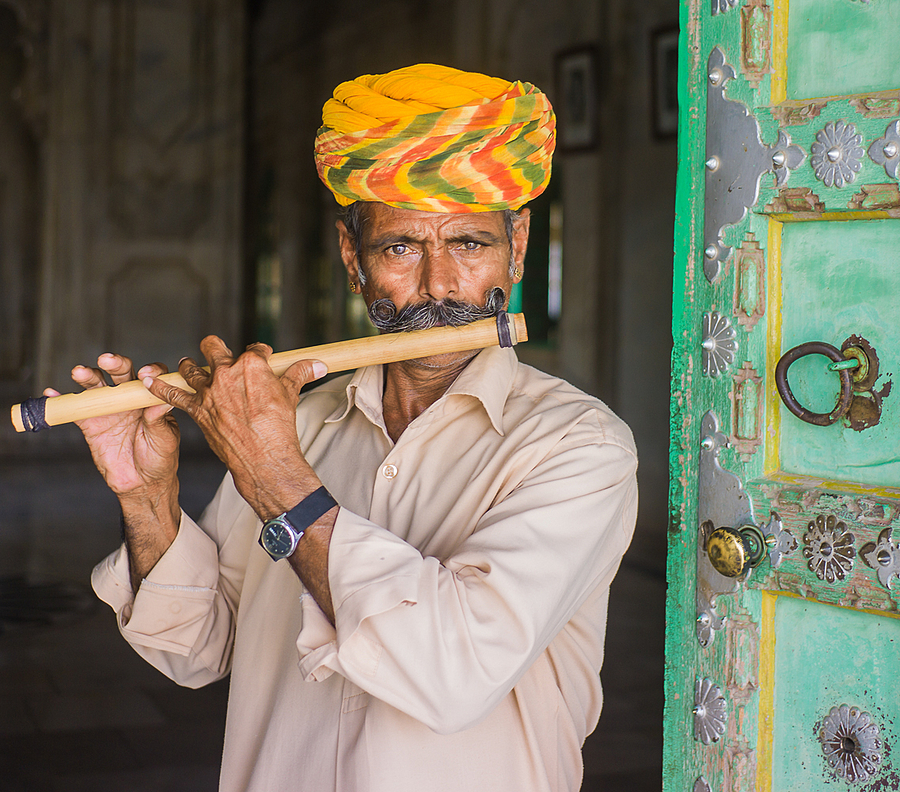 Flute Player in Jodh[ur | VOIGTLANDER 35MM / F 2.5 COLOR SKOPAR CLASSIC <br> Click image for more details, Click <b>X</b> on top right of image to close
