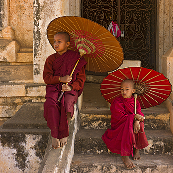 Aspiring Monks In Bagan | ZEISS ZM C-BIOGON F2.8 35MM