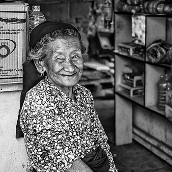 Hospitable Thakali Grandmother In Nepal | CV 35MM / F 2.5 COLOR SKOPAR CLASSIC